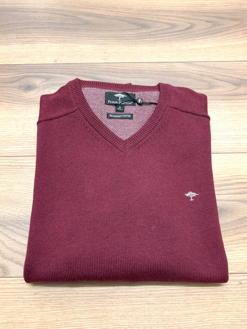 Fynch Hatton V-Neck Jumper - Firebrick - jjdonnelly