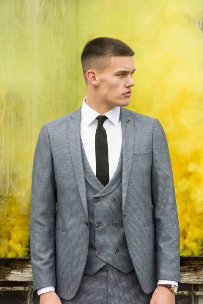 Travis Xavi 3 Piece Suit - Grey - jjdonnelly