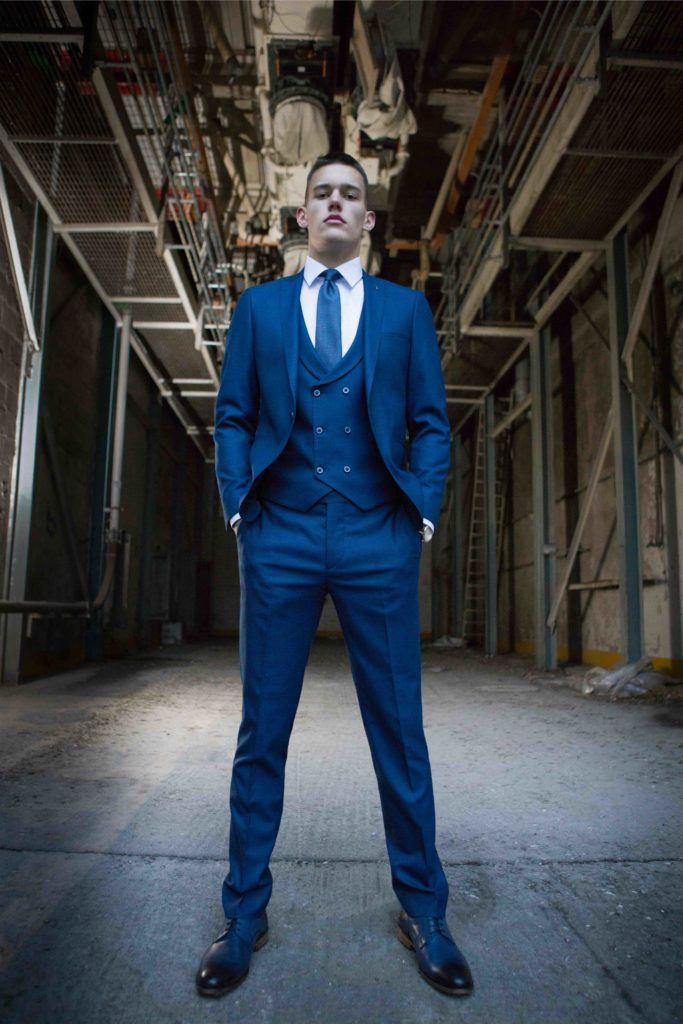 Travis Xavi 3 Piece Suit - Navy - jjdonnelly