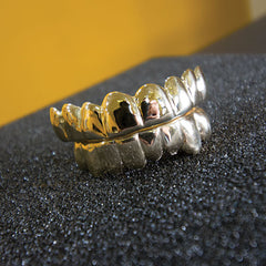 Get custom gold teeth, no appointments necessary, dozens of preset designs available