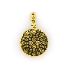 Load image into Gallery viewer, 14K Yellow Gold Cluster 3D Medallion Pendant 2.65 Ctw