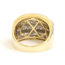 Load image into Gallery viewer, 10K Yellow Gold Box Pave Ring 3 Ctw