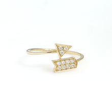 Load image into Gallery viewer, 14K Yellow Gold Arrow Ring 0.12 Ctw