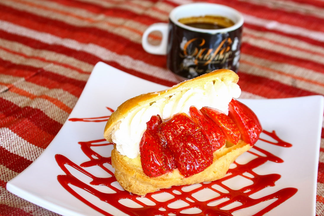 Strawberry Eclair