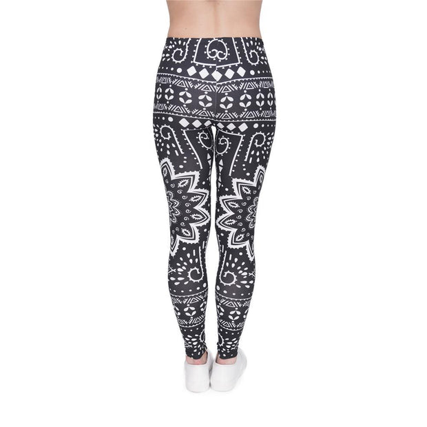 my-coconut-heart - Mandala On Black Leggings