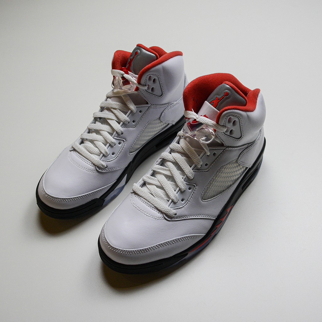 AIR JORDAN 5 RETRO - FIRE RED