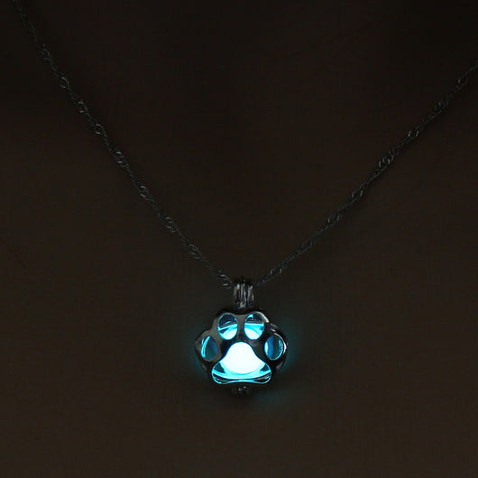 2017 Dog Paw Glowing Necklace