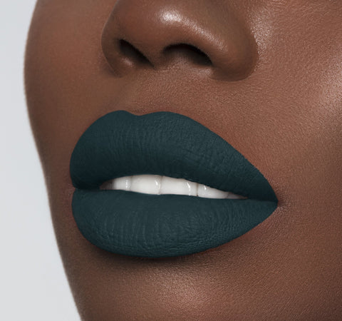 MEGA MATTE LIPSTICK - PLAYER