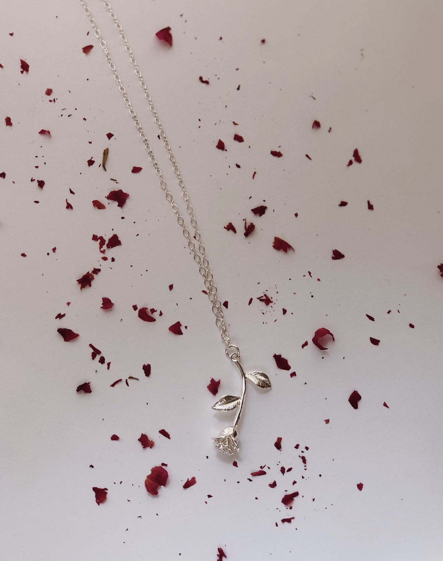 The Rose Necklace