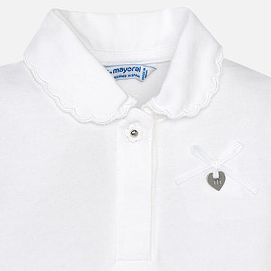 Short polo shirt with eyelet in the sleeve