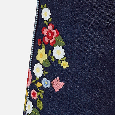Long denim jean with embroidery flowers