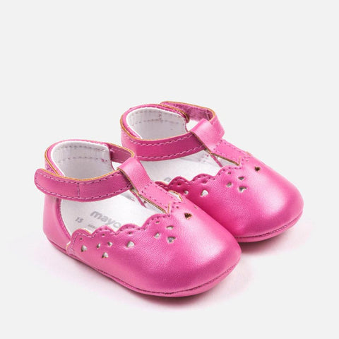 Openwork shoes for baby girl