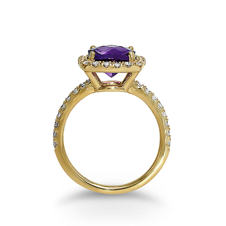Yellow Gold Cushion-cut Amethyst Ring