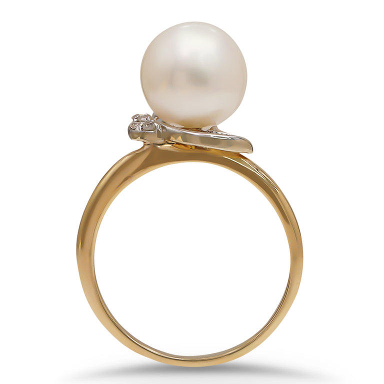 Two Tone Pearl Diamond Ring