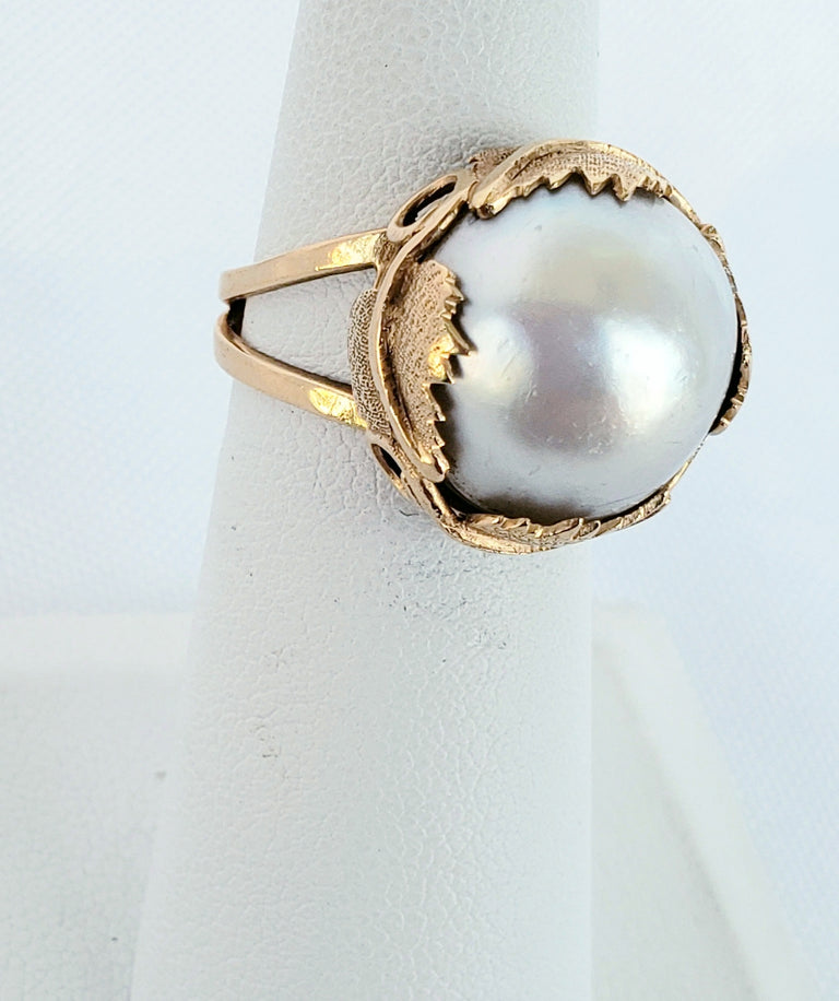 Yellow Gold Pearl Ring
