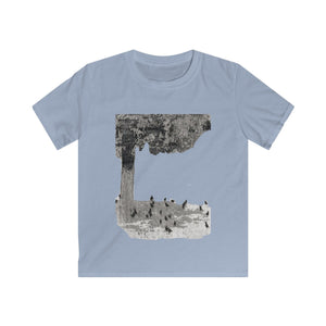 Blackbirds in Yard Tee