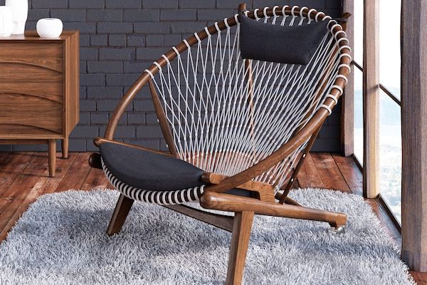 HANS WEGNER CIRCLE CHAIR