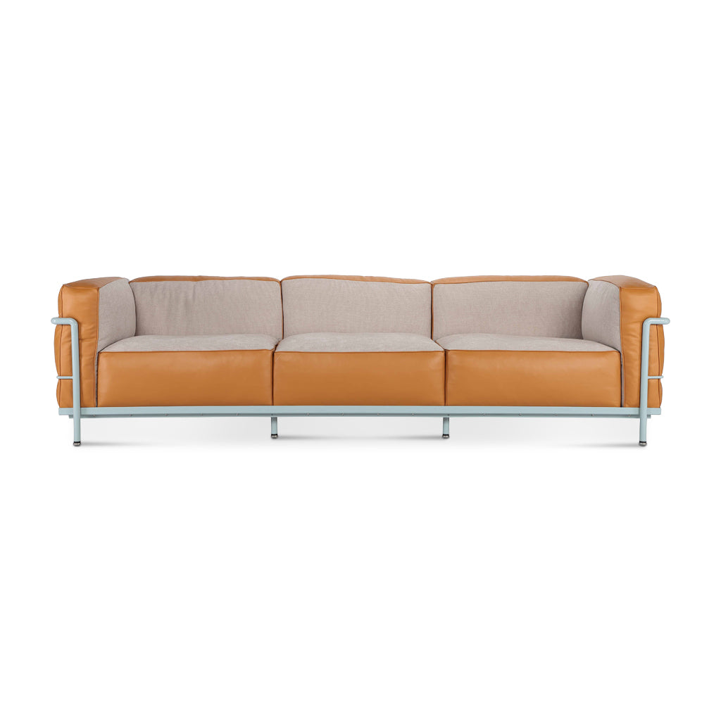 LC3 Grand Modele Three-Seat Sofa With Down Cushions | Special Edition