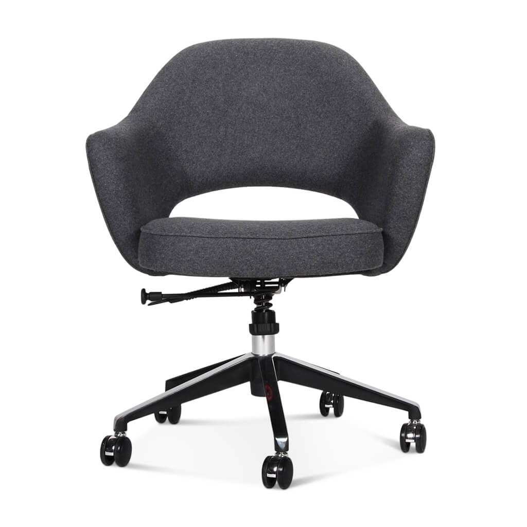 Saarinen Executive Armchair with Casters - EternityModern