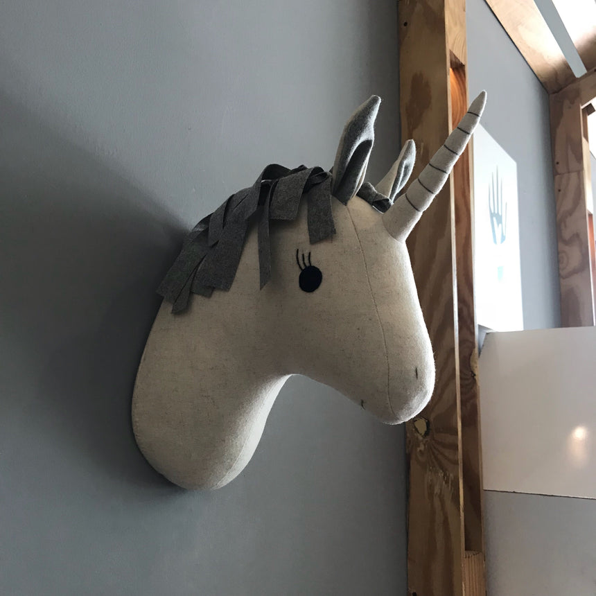 UNICORNIO DE PARED