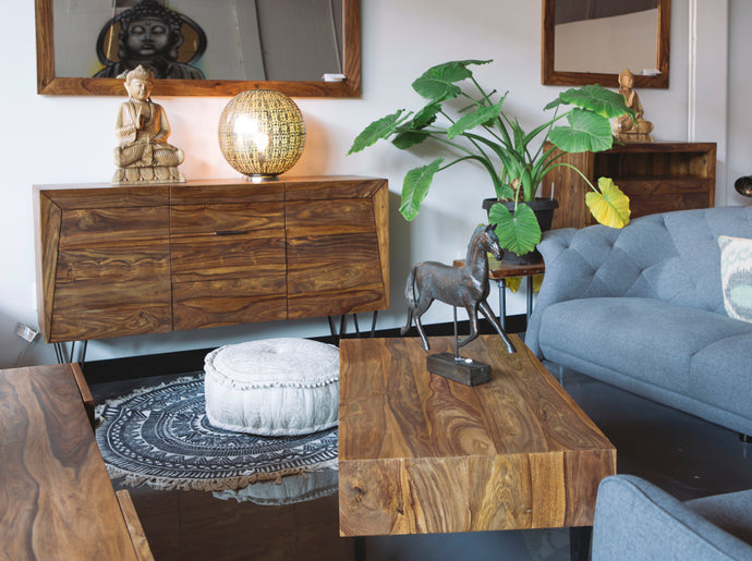 Top Four Tips to Incorporating Wood Furniture in Your Living Room