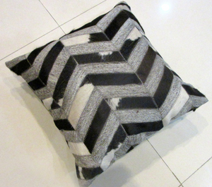 Metric Thatch Patterned Cushion - By Casa Suarez
