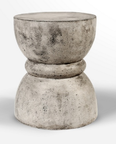 Beton Stool Chess - Casa Suarez