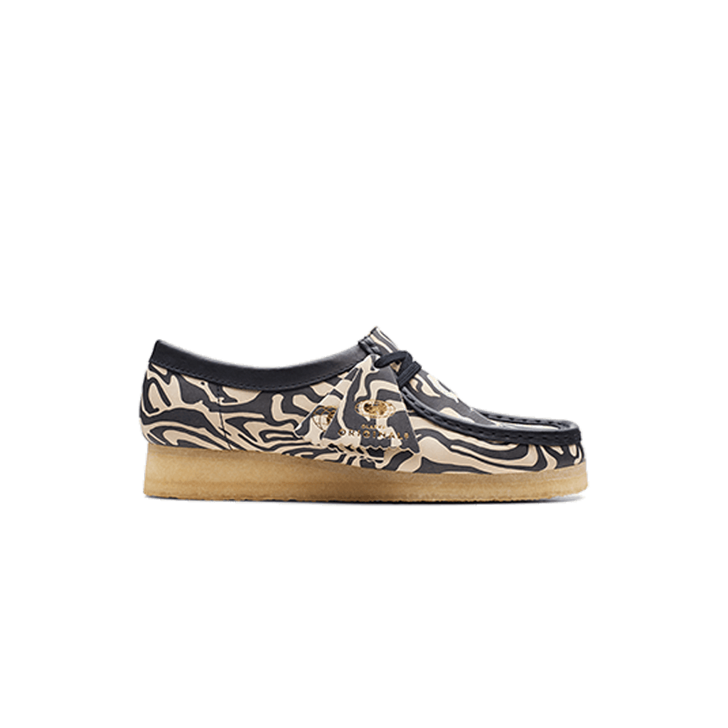 Women's Wallabee Lo Zebra Clarks - Navy