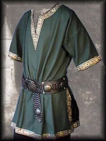 Medieval Tunic w/Knotwork Trim & Optional Belt (S-4XL)
