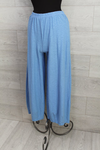 Yushi Clothing - Asymetrical Button Top 5 Colors
