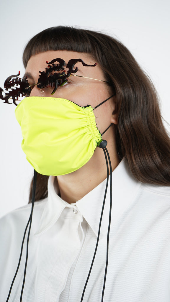 The Highlighter Adjustable Bungee Cord Mask
