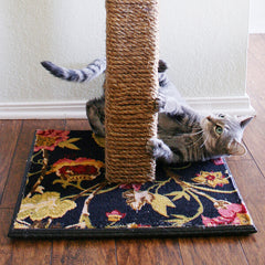 DIY cat scratching post using sisal rope