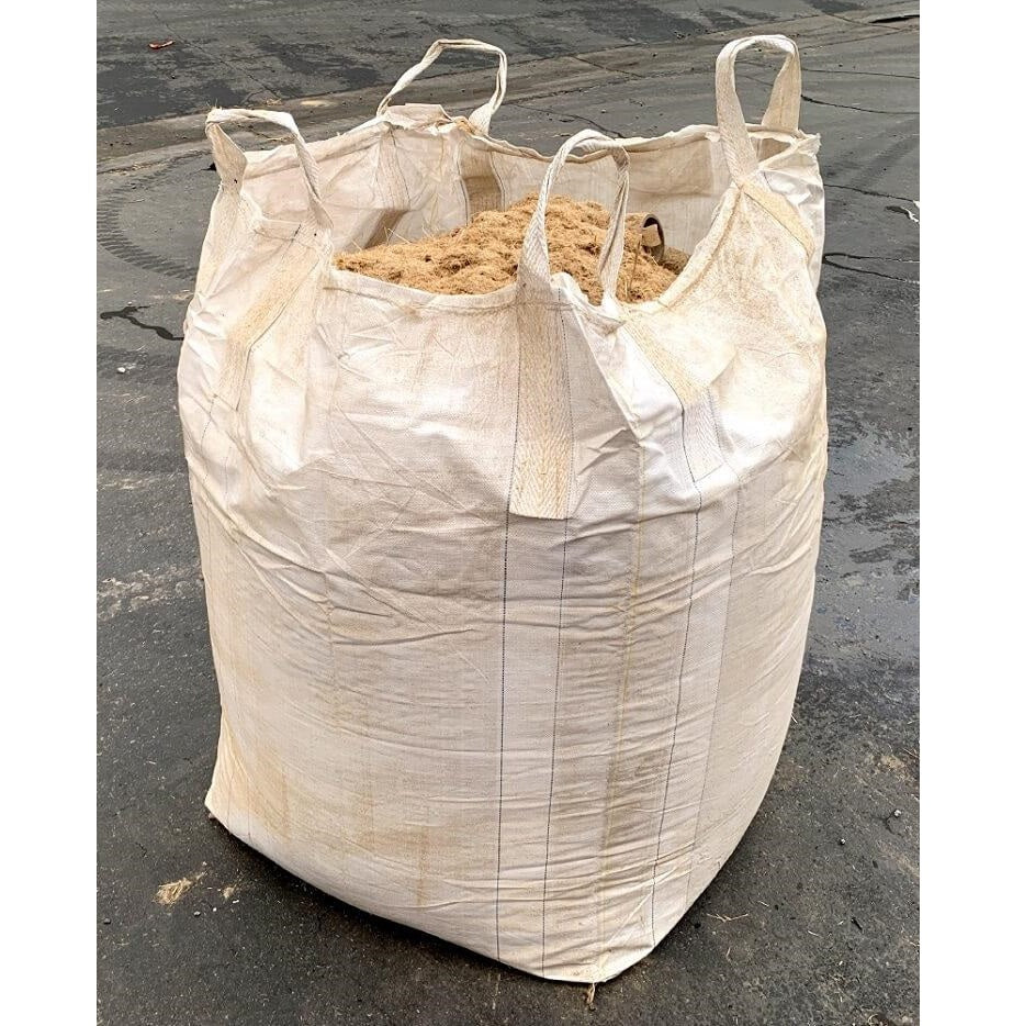 Bulk bag filled with straw dust