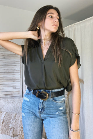 DOWNTOWN BLOUSE 2 - ARMY GREEN