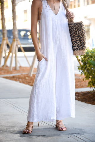 COASTAL LINEN JUMPSUIT