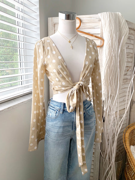 SPOTTED WRAP BLOUSE
