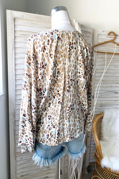 HUNTER WRAP TOP