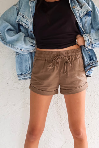 OFF DUTY LINEN SHORTS - BIEGE