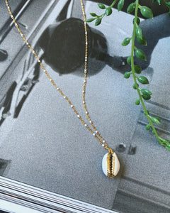 GOLD AND WHITE COWRY NECKLACE