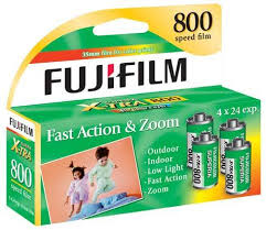 (4-Pack) Fujifilm Superia X-TRA 800-24 Exposure 35mm Film - (09/2019)