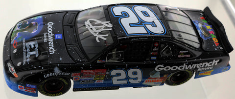 Kevin Harvick. #29 GM Goodwrench Service / E.T. 2002 Monte Carlo. Autographed.