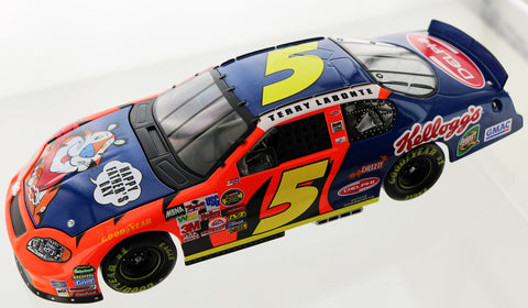 Terry Labonte. #5 Kellogg's / Father's Day 2004 Monte Carlo Club Car