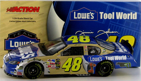 Jimmie Johnson #48 Lowe's /Tool World '04 Monte Carlo Nascar Diecast