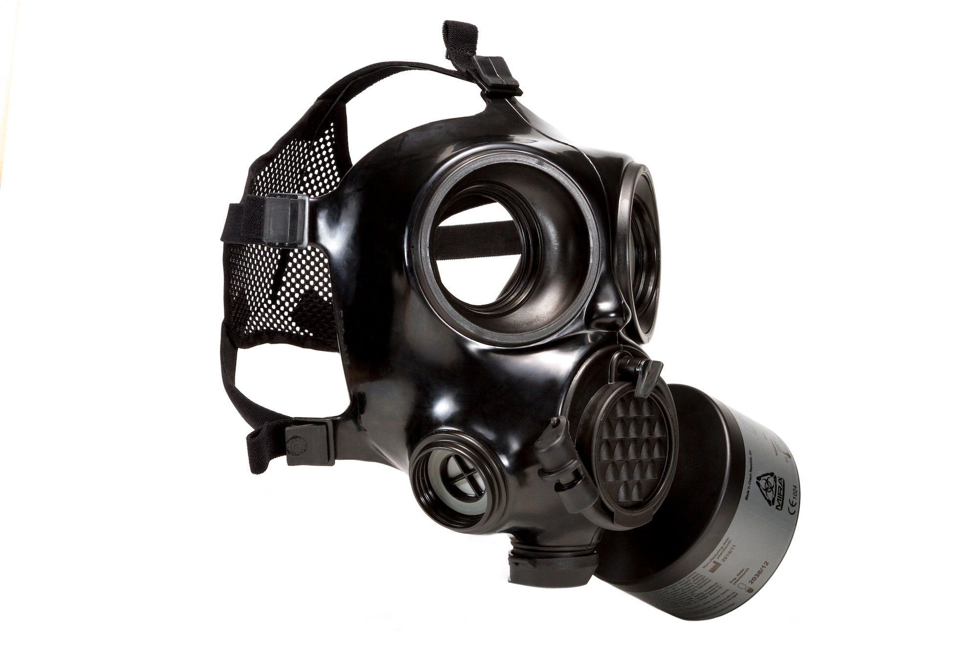 Three quarter view of the CM-7M Military Gas Mask