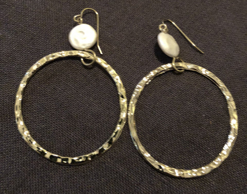 Hammered Circle Gold or Silver PearlDrop Earrings