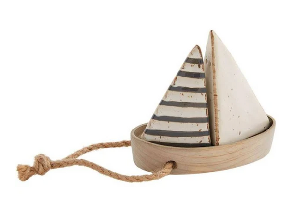 SAILBOAT SALT & PEPPER SET
