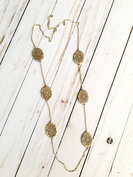 Rich Gold Leaf Necklace - Bubbles Gift Shoppe