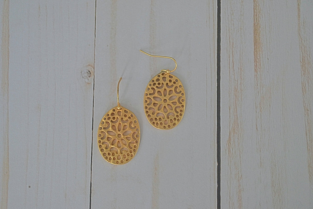 Rich Gold Leaf Earrings - Bubbles Gift Shoppe