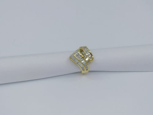 18kt Yellow Gold Diamond Swirl Fashion Ring