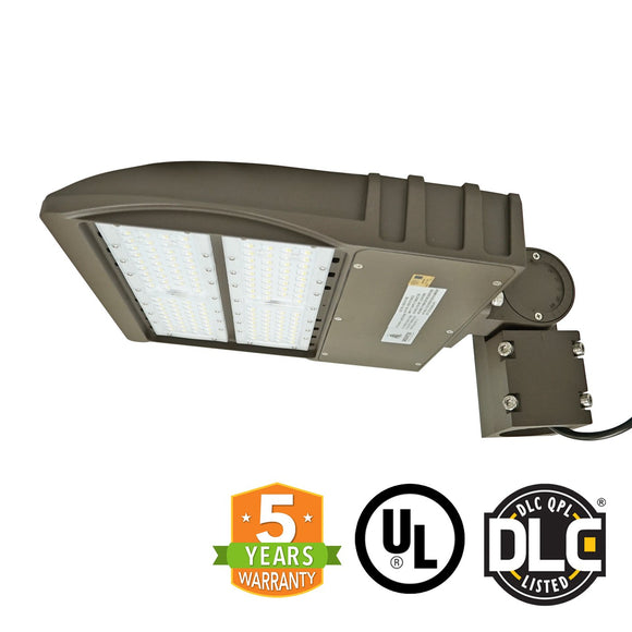 90W LED Street Outdoor Stadium Light, Slip Fitter, DLC / 5 Year Warranty, 5700K - Green Solar LED